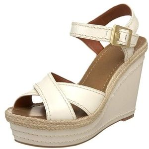 Vince Camuto WHite Edon Wedge-NEW